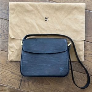 Louis Vuitton EPI Buci Black with Dust Bag